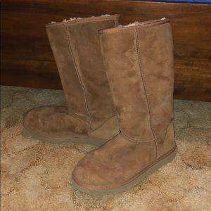 Tall Brown Ugg Australia Size 9